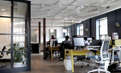 How the internet has shaped the modern working environment Feature Image